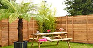 Instalacion paneles ocultación jardines