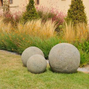 Esfera-jardin-decorativa-Green-Stone.