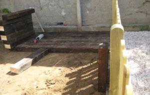 Colocación de traviesas y valla de madera